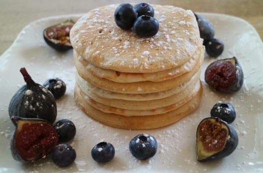 Coconut and Cinnamon Vegan Pancakes
