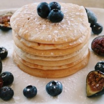 Coconut & Cinnamon Vegan Pancakes