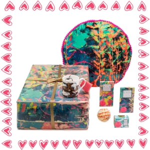 Arthouse Meath Cuddle in a Box Gift Set